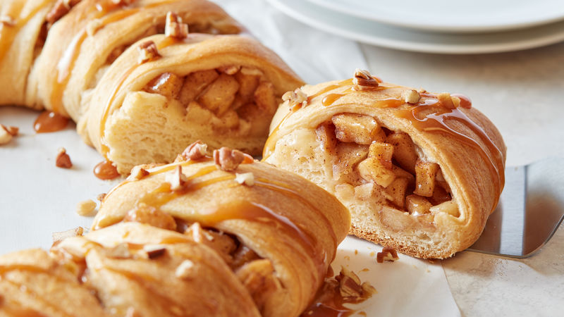 Caramel-Apple Cream Cheese Crescent Ring