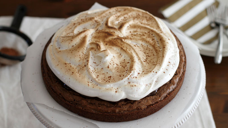 Toasted Marshmallow-Hot Cocoa Brownie Cake