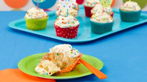 Golden Birthday Cupcakes Recipe