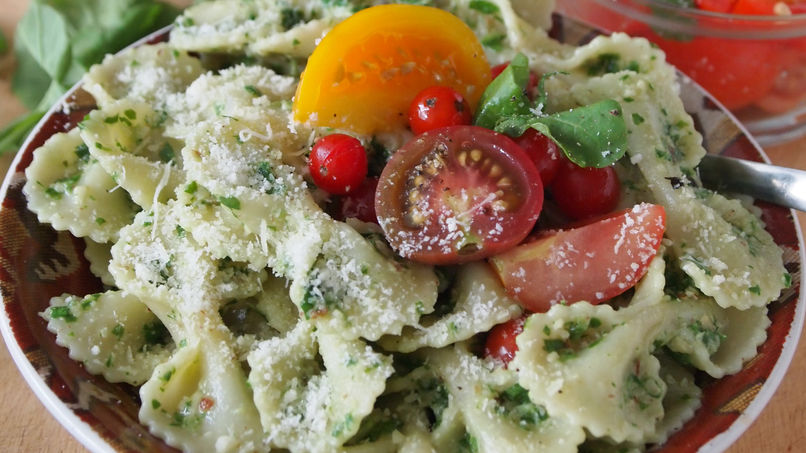 Farfalle Pasta with Arugula Pesto