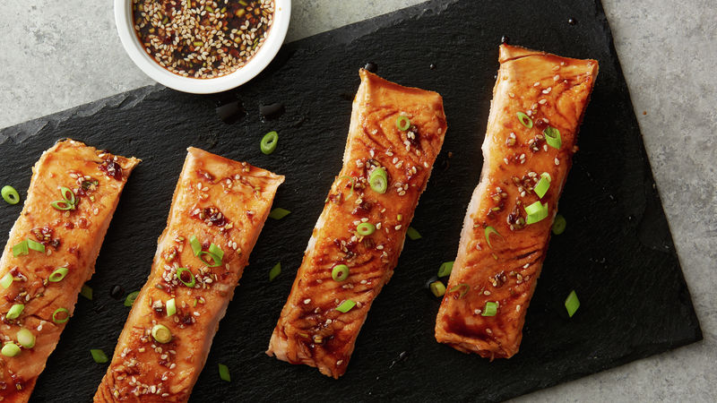Sous Vide Salmon Fillets with Asian Sesame Sauce