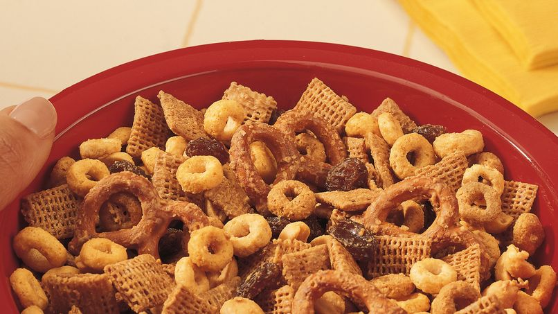 Golden Snack Mix
