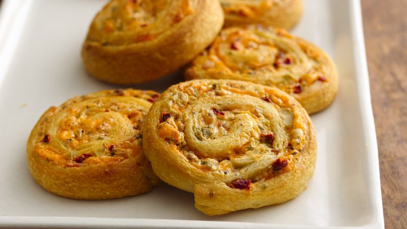 Cheesy Olive-Bacon Crescent Spirals