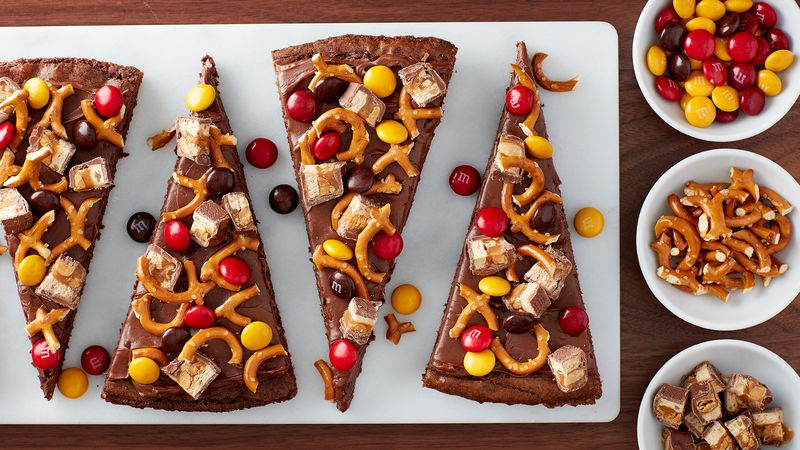 Sweet and Salty Brownie Pizza