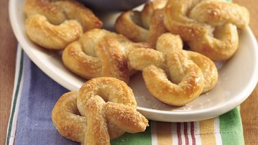 Mini Soft Pretzels and Dip
