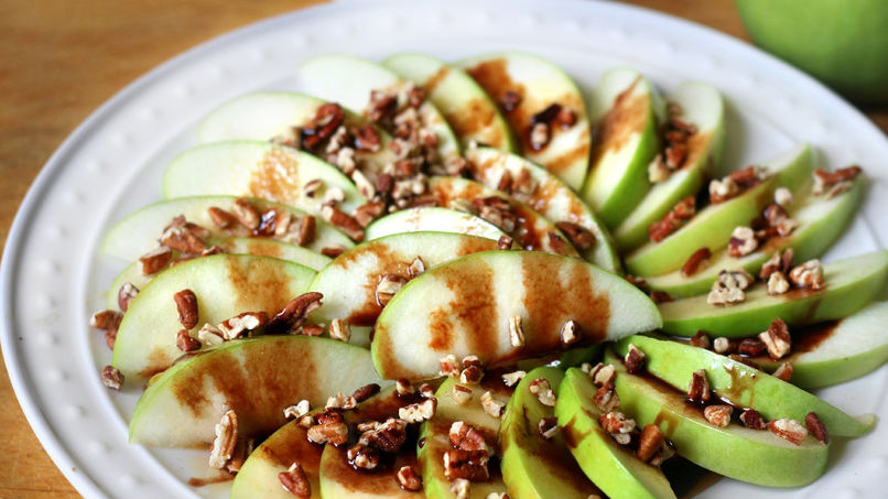 Caramel and Apple Nachos