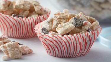 Peppermint Cookie Crunch Muddy Buddies™