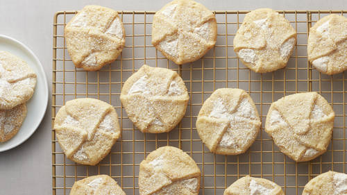 Meringue-Filled Italian Sugar Cookies
