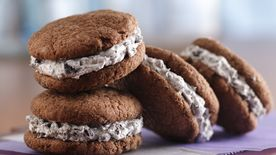 Cookies and Cream Whoopie Pies