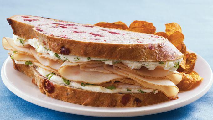Fast and Fresh Chicken Sandwiches