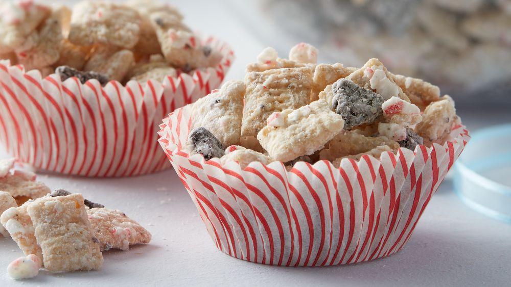 Peppermint Cookie Crunch Muddy Buddies™