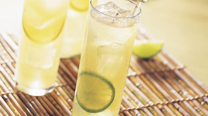Bebida de Piña y Limón