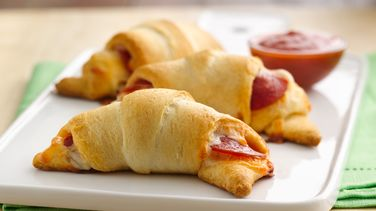 Crescent Pizza Sticks