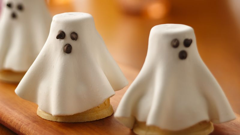 Halloween Cupcake Cone Ghosts