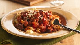 Fettuccine with Italian Sausage and Olive Sauce