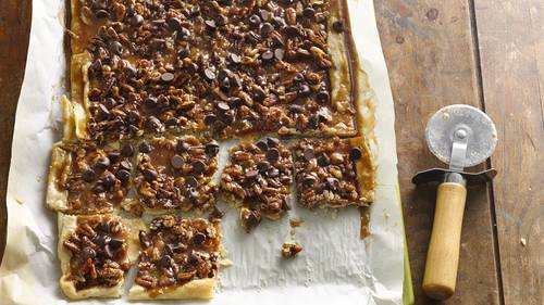 Salted Caramel-Pecan Pie Bark