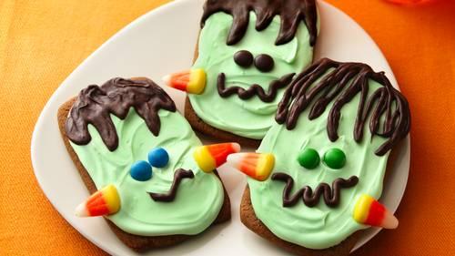 ginger frankenstein cookies - Decorating Halloween Cookies